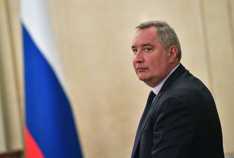 Рогозину не хватает денег