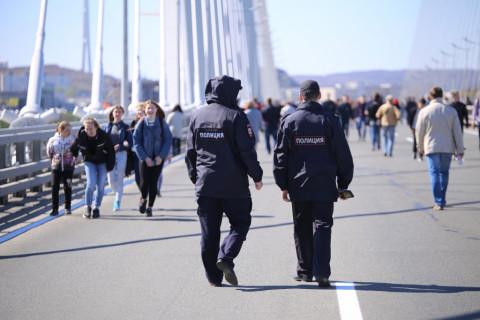 Полицейские ищут толпу отморозков