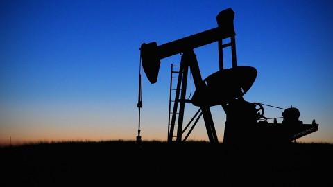 Цена на нефть опять рухнула