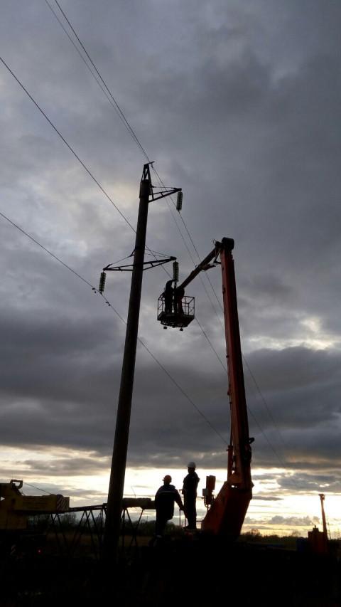 Энергетики Хабаровских электрических сетей оперативно восстановили электроснабжение в пригороде краевой столицы