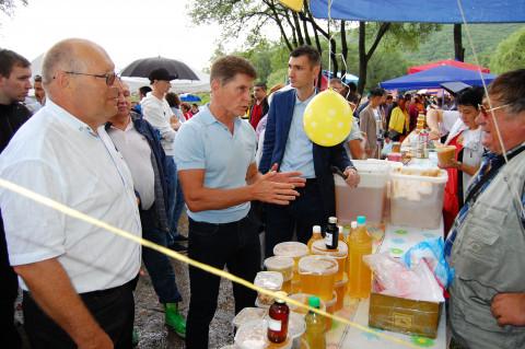 Фестиваль меда с успехом прошел в Приморье
