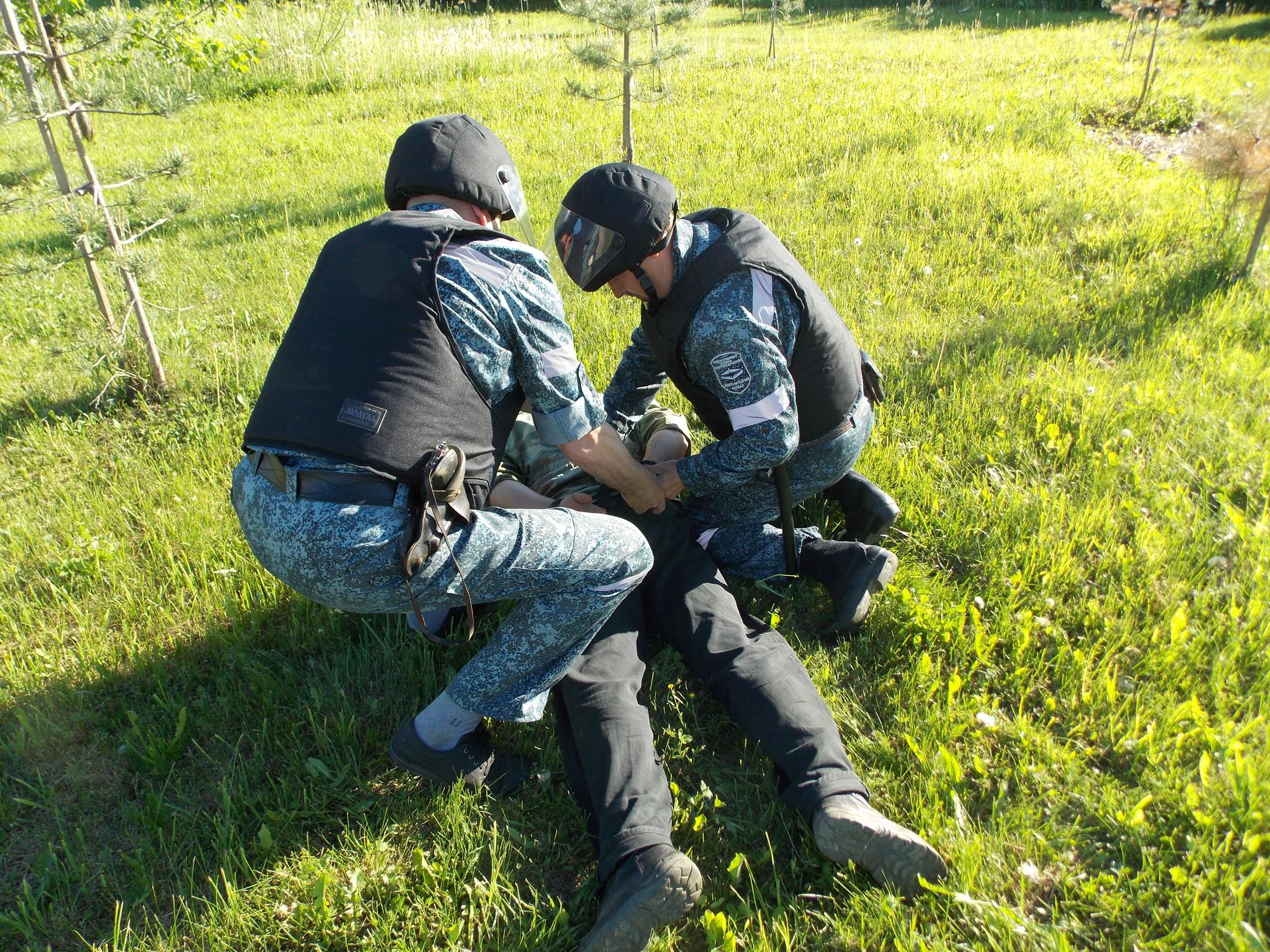 Около 500 дальневосточников задержано за попытку проникновения на объект