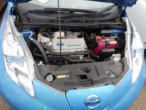 Зарядка вместо заправки: власть пересадит россиян на электромобили