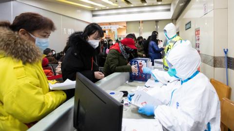 До слёз: Для больных коронавирусом в Китае устроили танцы