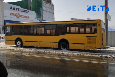 Полиция разыскивает водителя автобуса, скрывшегося с места ДТП