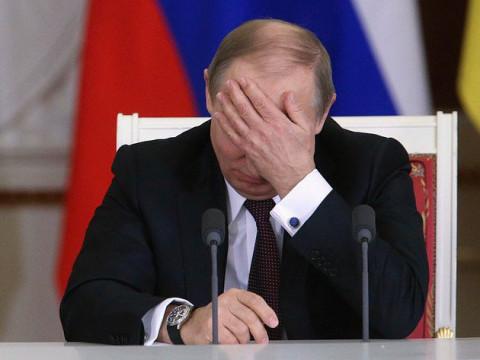 «Худшая неделя за 12 лет»: Путин оценил удар коронавируса