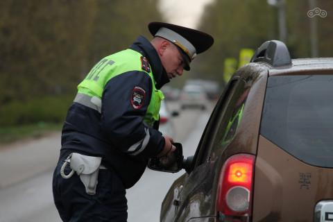 Штраф или взятка: что выбрать водителю при нарушении ПДД