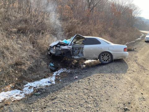 Трое пострадавших: водитель без прав спровоцировал жесткое ДТП в Приморье