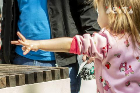 Родителям запретили паниковать в разговорах о коронавирусе с детьми