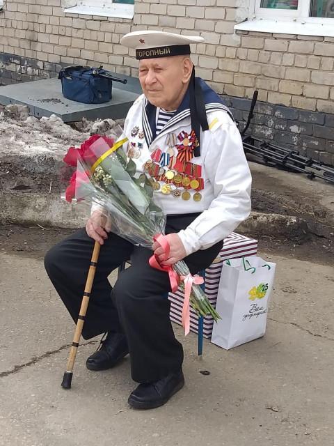 Мини-парад провели для ветерана войны в Приморье