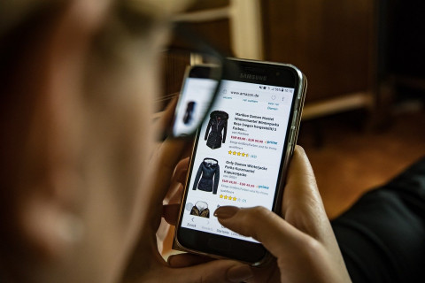 Банки отменяют кэшбэк на онлайн-покупки