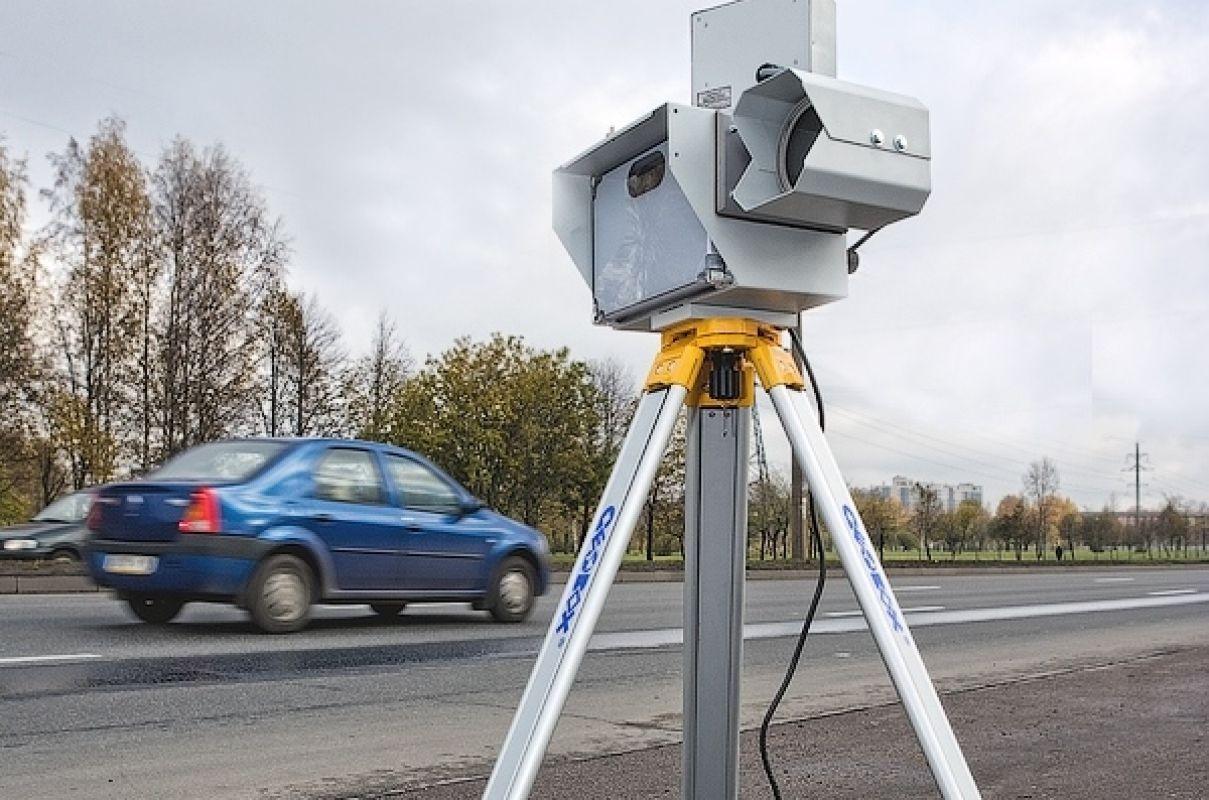 Автолюбителей начали штрафовать «двойные» камеры ГИБДД