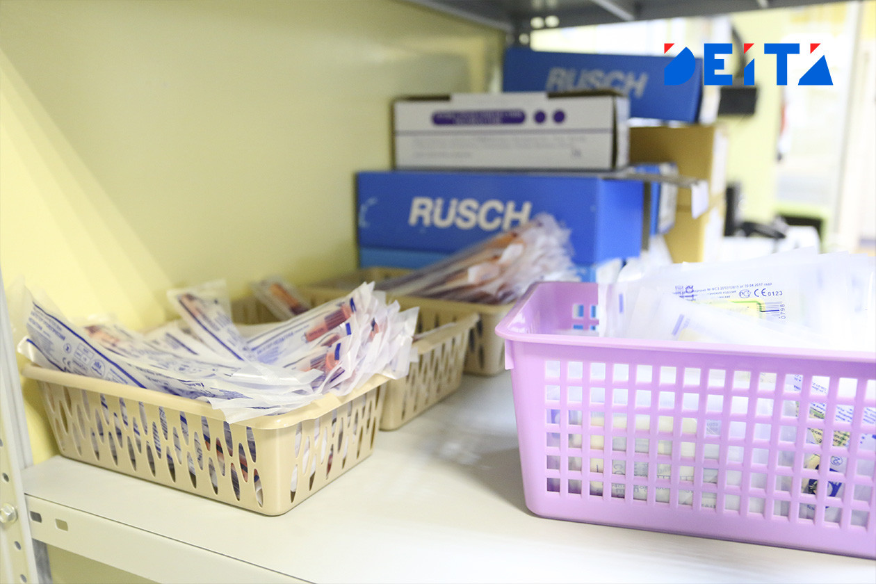Тряпка с уксусом вместо антибиотиков: скандал с нехваткой лекарств произошел в больнице на Камчатке