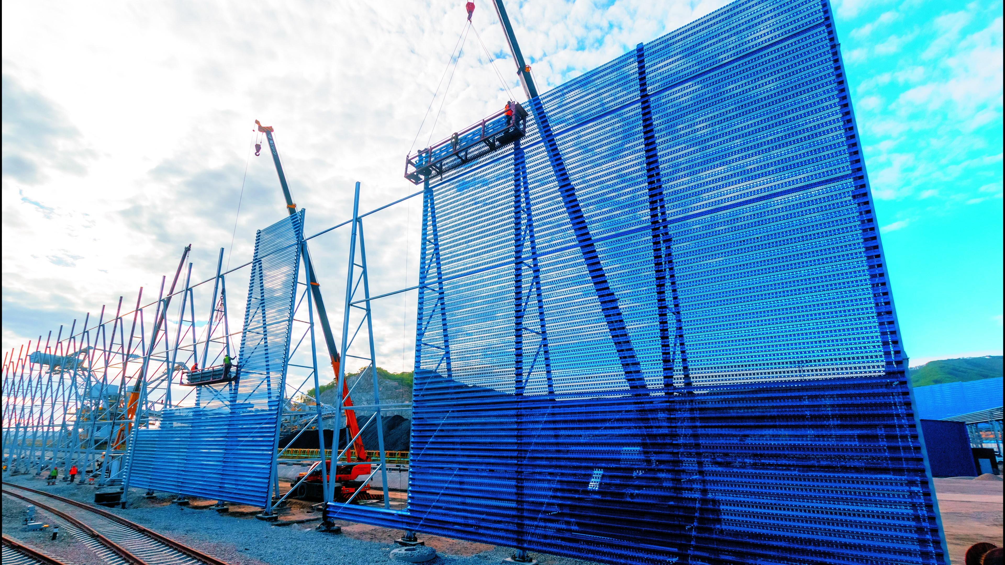 АО «Восточный Порт» строит самые масштабные ветрозащитные сооружения на Дальнем Востоке