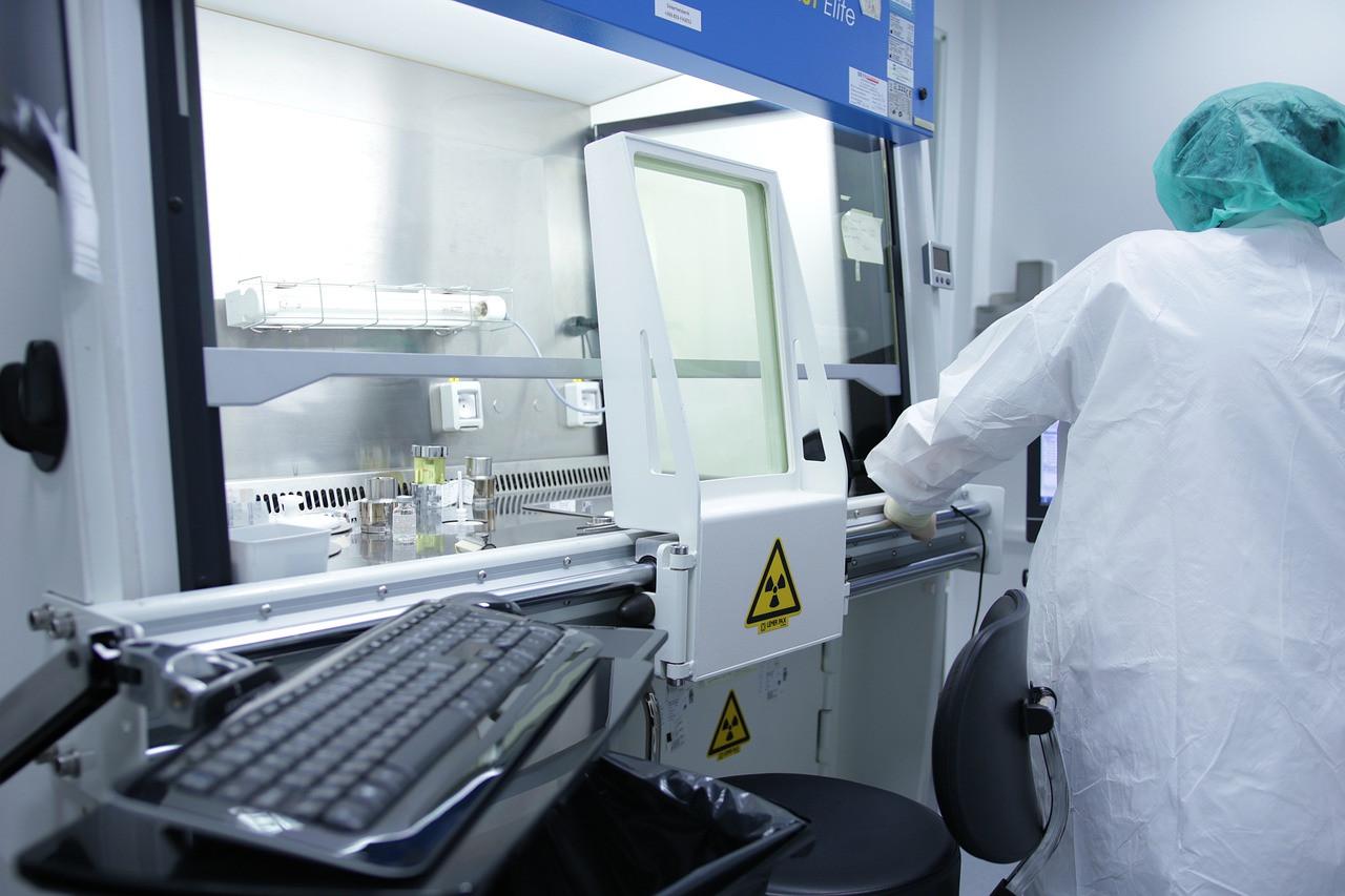 Минздрав одобрил первое в России лекарство от коронавируса
