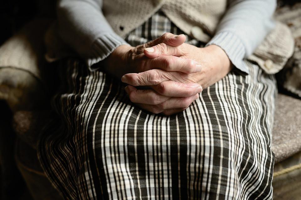Россияне с длительным трудовым стажем могут выйти на пенсию на два года раньше