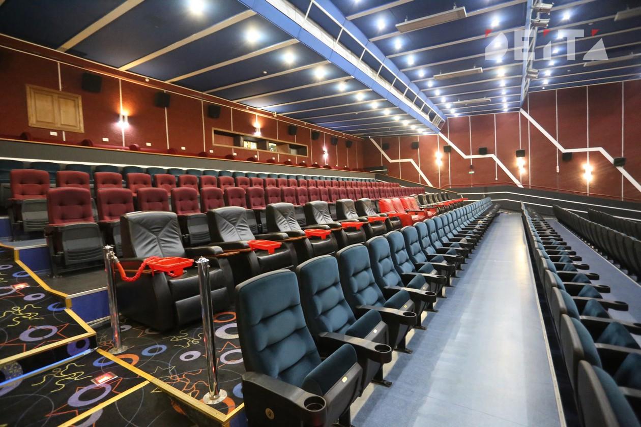 Министры рассказали, когда заработают кинотеатры и спортивные школы