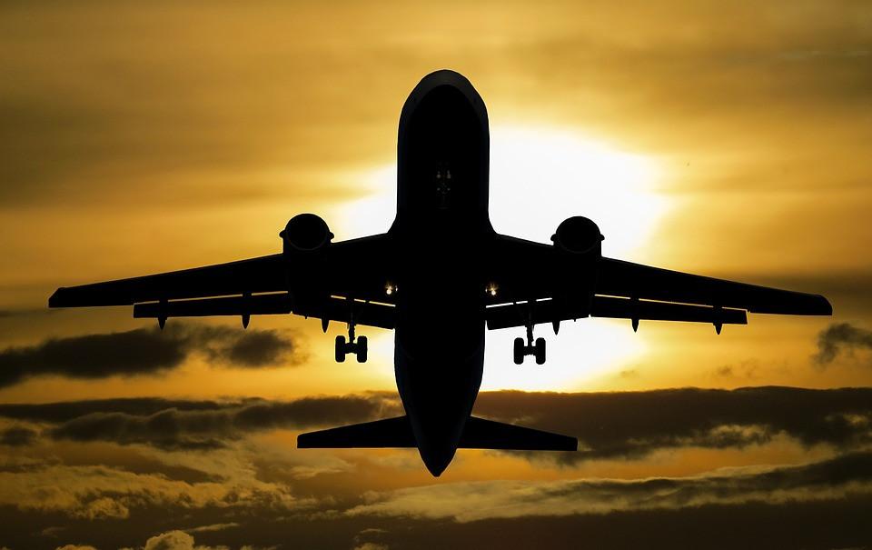 Сильный жрет слабого: дальневосточные авиаперевозчики могут преставиться