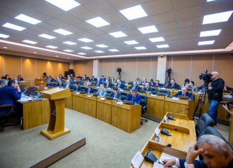Депутаты приморской столицы показали свое финансовое лицо