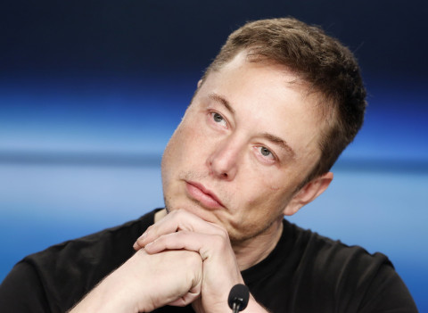 Илон Маск восхитился российскими детьми и пообещал Tesla в России