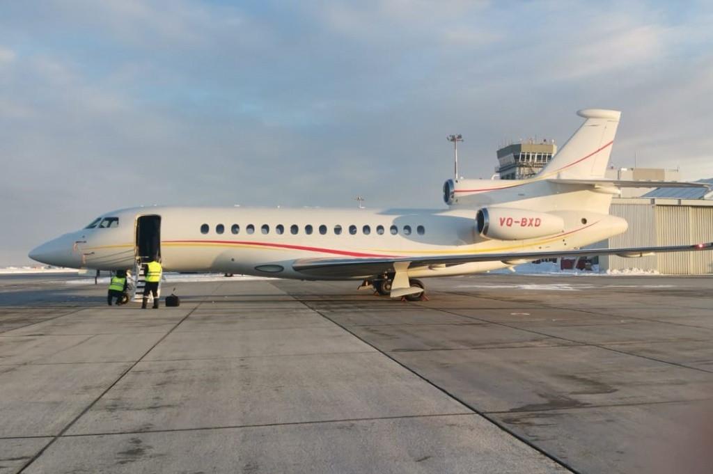 Бизнес-джет из Милана замечен в аэропорту Южно-Сахалинска