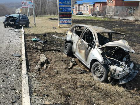 ДТП в Приморье закончилось пожаром