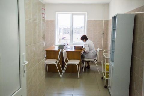 Два в одном: избирательный участок открыли в инфекционной поликлинике в Приморье
