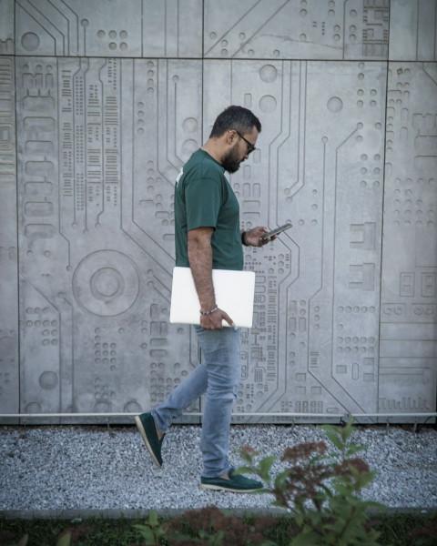 Tele2 и Next Mobile запускают виртуального оператора связи для бизнес-блогера
