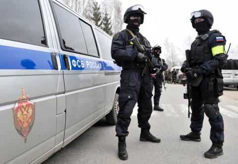 ФСБ поймала адвоката, полицейского и прокурора, мешавших следствию
