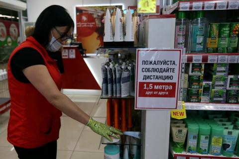 Административная комиссия Уссурийска проверила работу торговых центров
