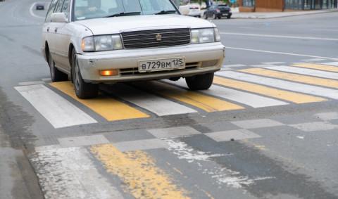 Константин Шестаков поручил переделать неудобный пешеходный переход во Владивостоке