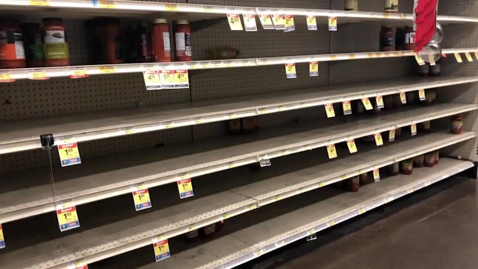 Жадность торговых сетей ведет к пустым полкам магазинов