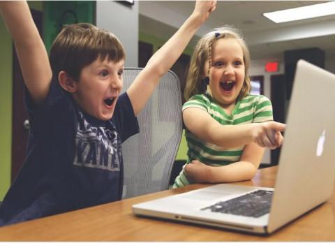 Минпросвещения создаетсоцсеть для школьников и учителей