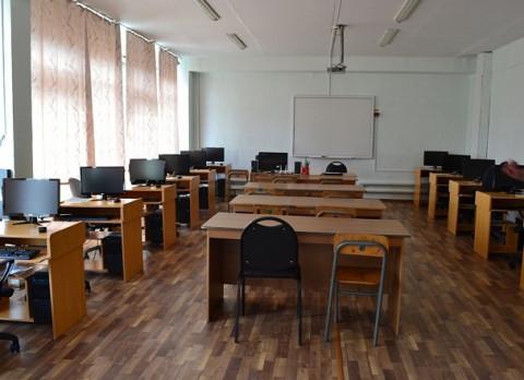 Дальневосточных школьников переводят на дистанционное обучение