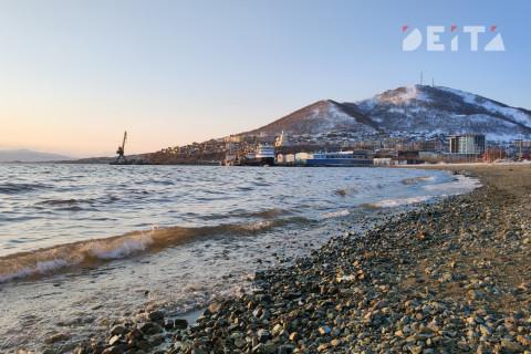 Новая катастрофа на Камчатке: нефтепродукты загрязнили бухту
