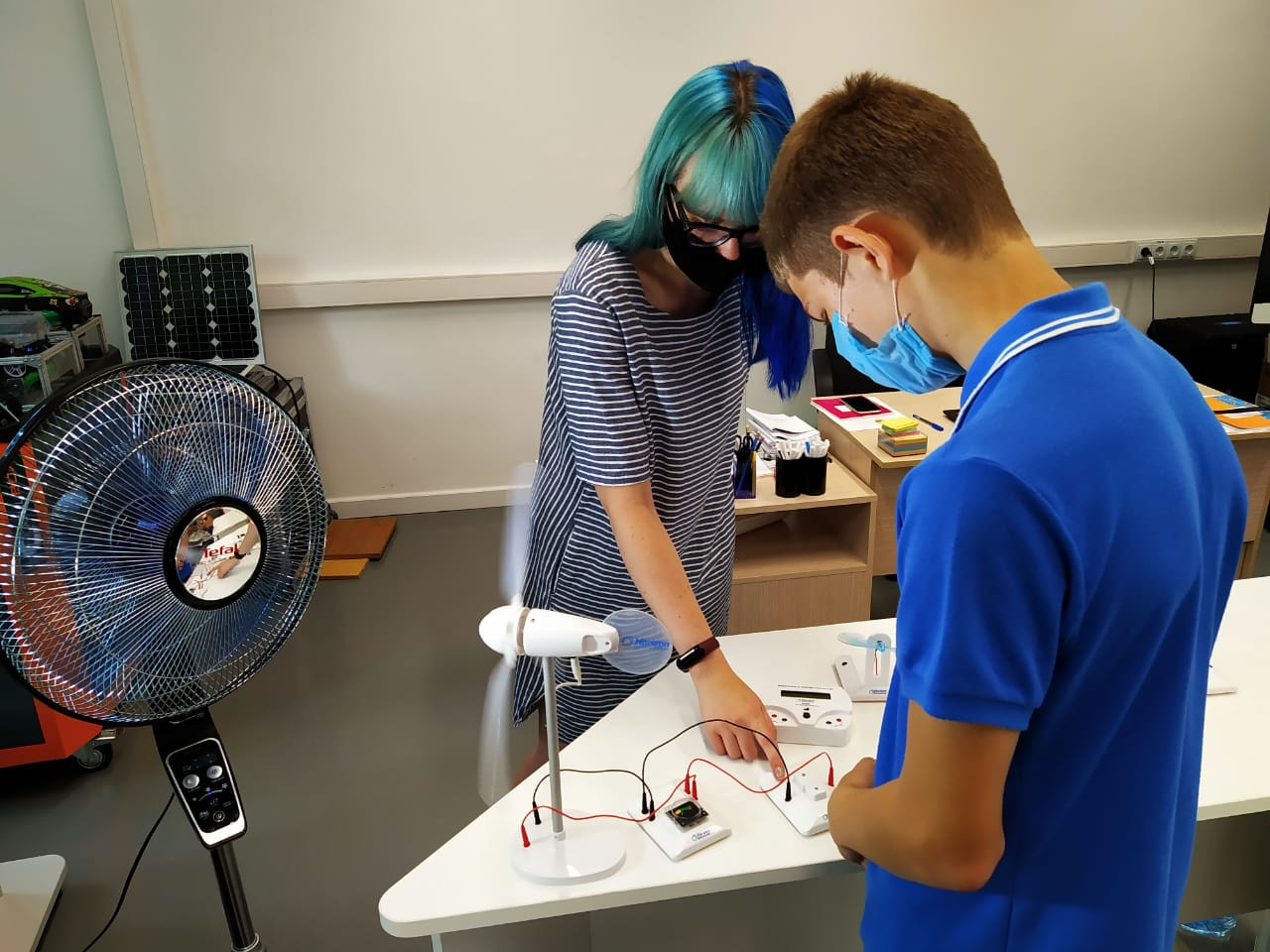 «У меня получилось!»: Школьники Приморья проводят каникулы в детском технопарке