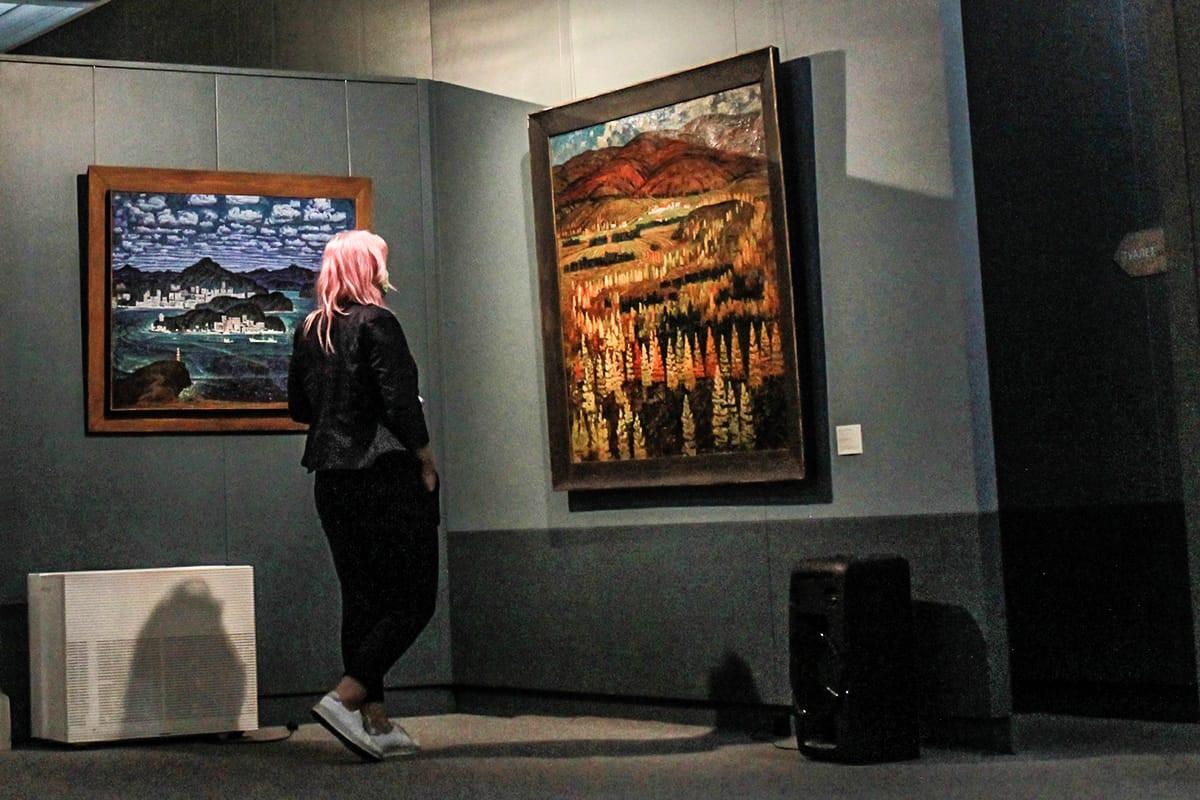 Галерея открылась: произведения искусства вышли из затворничества