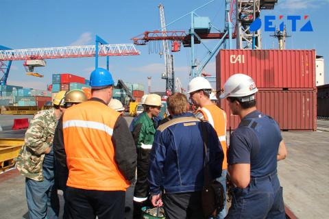 Судьбу трудовых мигрантов будут решать специальные комиссии