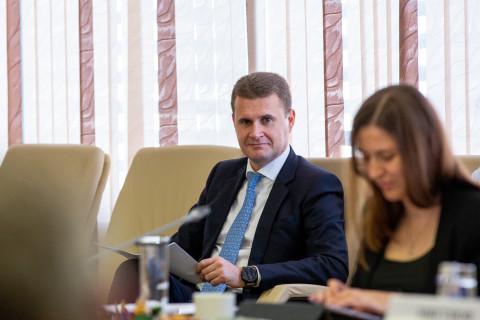 Производства нет, но вы держитесь: Чекунков вспомнил о проблемах ДФО
