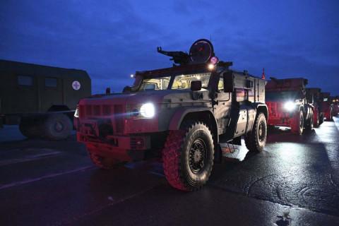 Военная техника стягивается в Москву