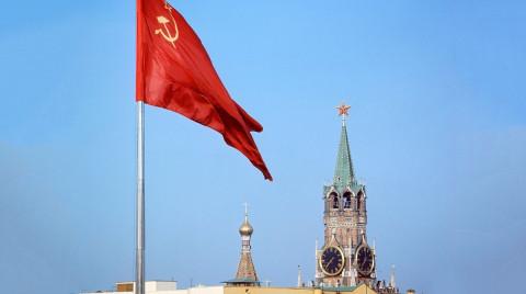 Кредиты ставят россиян под красный флаг