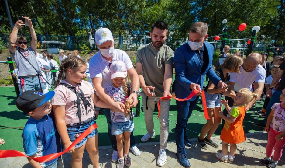 В посёлке Трудовое отпраздновали открытие нового комфортного сквера