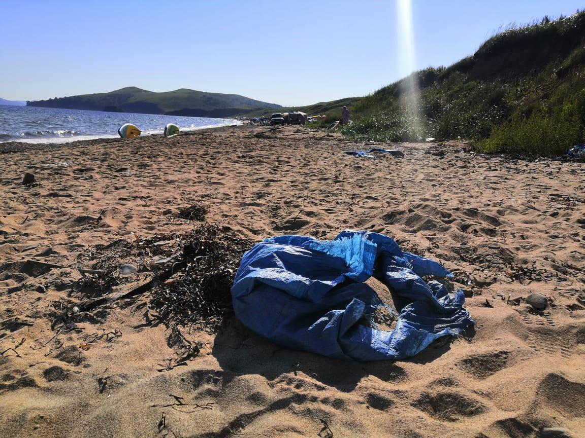 «Это наша земля»:веревочники «прихватизировали» дорогу к пляжам Приморья