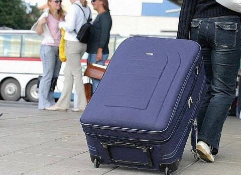 Что взять на отдых, чтобы избежать перевеса чемодана