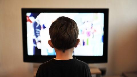 СК потребовал запретить насилие в телевизоре