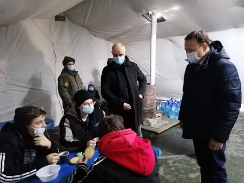 «Единая Россия» идет на помощь пострадавшим от коммунальной катастрофы