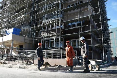 Уезжающие мигранты «хоронят» строительство на Дальнем Востоке