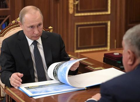Путин оценил работу правительства Мишустина