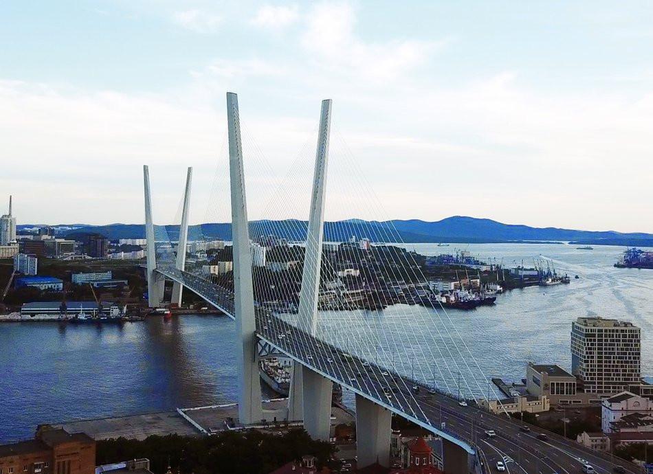 «До основанья, а затем»: во Владивостоке построят новый мост