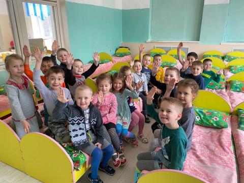 Новая мебель появилась в детских садах Врангеля благодаря помощи «Восточного Порта»